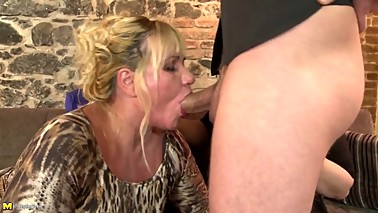 Mature Experienced Moms FROM SEXDATEMILF.COM Fuck Not Their guys