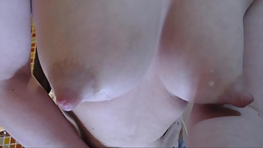 Beautiful milky boobs from young mom for you.