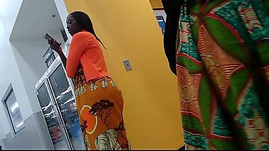Beautiful and sexy nubian dark skinned African queens at walmart