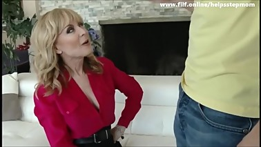 Nurumassage Mom Gives stepguy Really Happy Ending