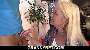 Blonde skinny granny gets her hairy hole drilled hard
