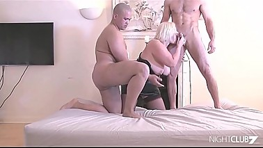 Lacey Starr gets double penetrated