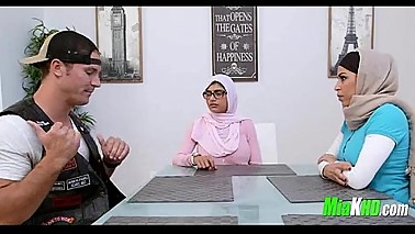 Mia Khalifa and her mom team up on her BF 91