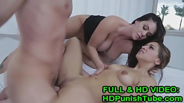 Mommy It's Too Big To Fit! - WWW.HDPunishTube.com