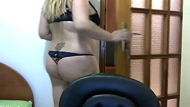 www.find6.xyz babe naughty_mom squirting on live webcam