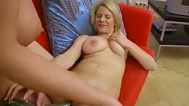 My MOM has a very Big Natural Tits, she likes to be dirty!!! Real Time.