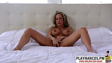 Gorgeous Mom Brandi Love Riding Cock Hard Hot stepson