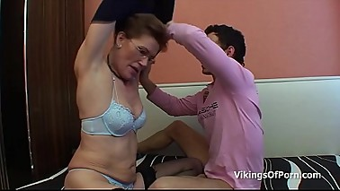 Mother and Stepguy Bonding Fucking Moment